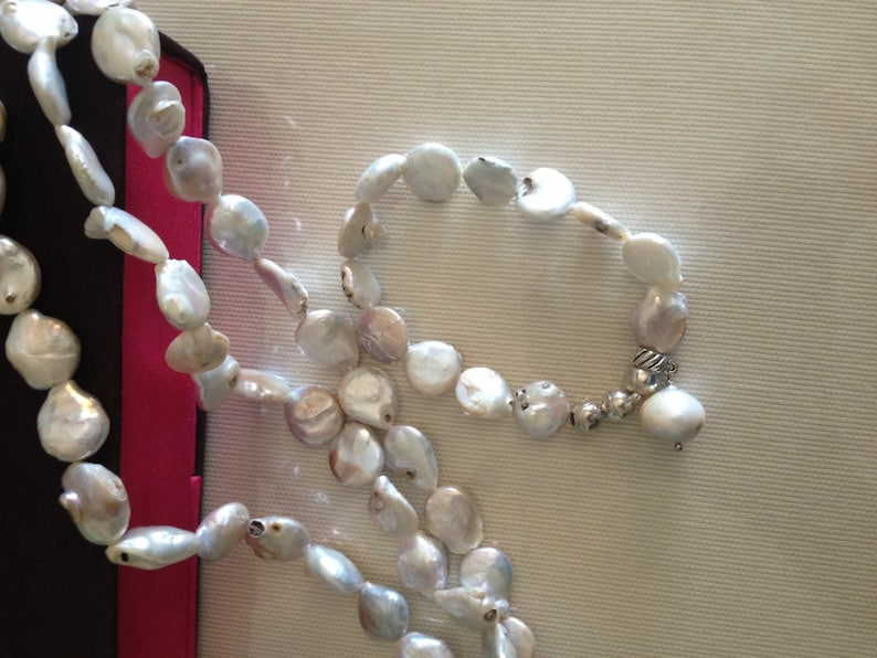 freshwater bracelet handmade necklace Freshwater pearls necklace and bracelet,collana  e bracciale in perle di fiume colore avorio