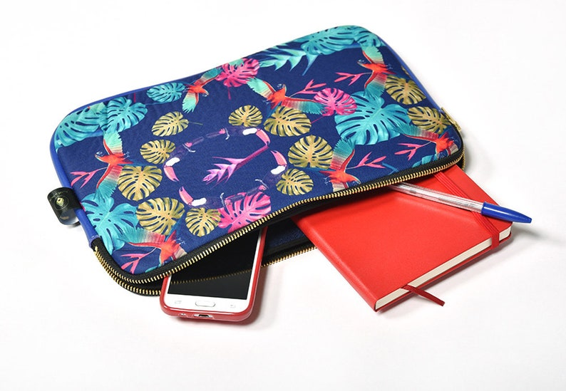 Flat pattern exclusive TOUCAN pouch real leather inner Terry image 0