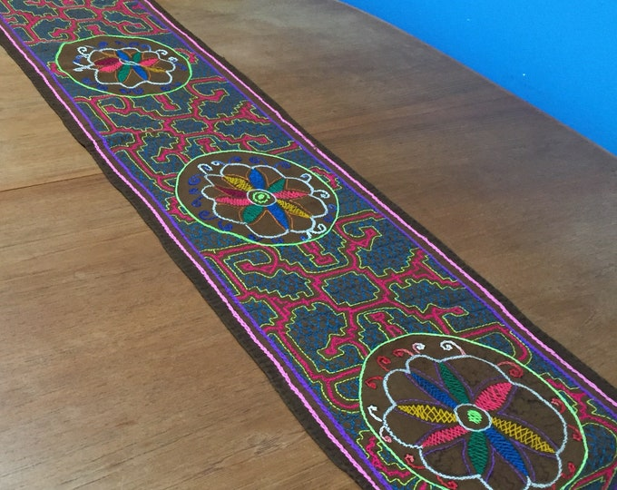 """Peruvian hand embroidered Shipibo table runner (approx. 10"""" x 60"""")"""