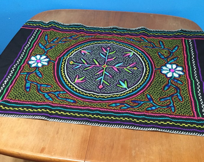 "Peruvian hand embroidered Shipibo table topper / centerpiece (approx. 26"" x 58"")"