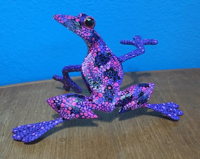 Alebrije Purple Frog by Roberto and Esperanza Martinez