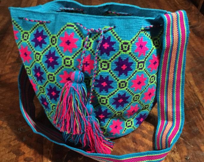Authentic Wayuú Single Thread Mochila Bag from Colombia
