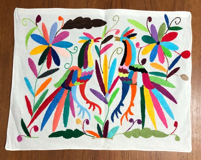 """Hand embroidered Otomí placemat (approx. 17"""" x 13"""") - multi-color"""