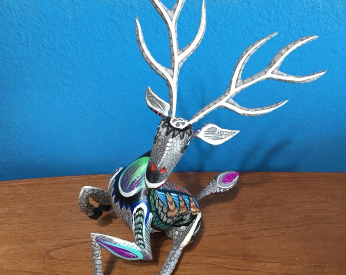 Handcrafted Alebrije Sitting Deer Woodcarving from Oaxaca, Mexico