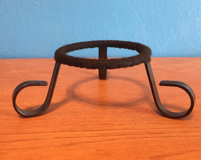 "Black Metal Tripod Ceramic Pot / Plant Stand with 4"" Ring"