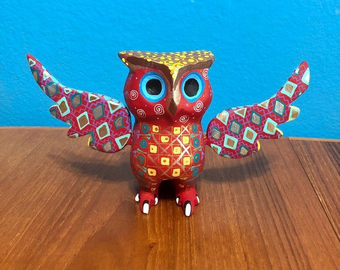 Alebrije Owl Handcrafted Wood Carving by Zeny Fuentes & Reyna Piña from Oaxaca, Mexico.