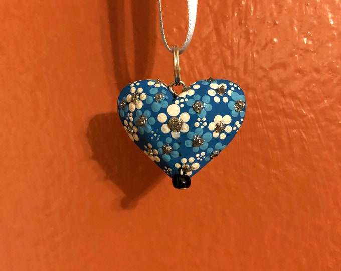 Hand carved wood Alebrije heart necklace pendant by Reyna Peña