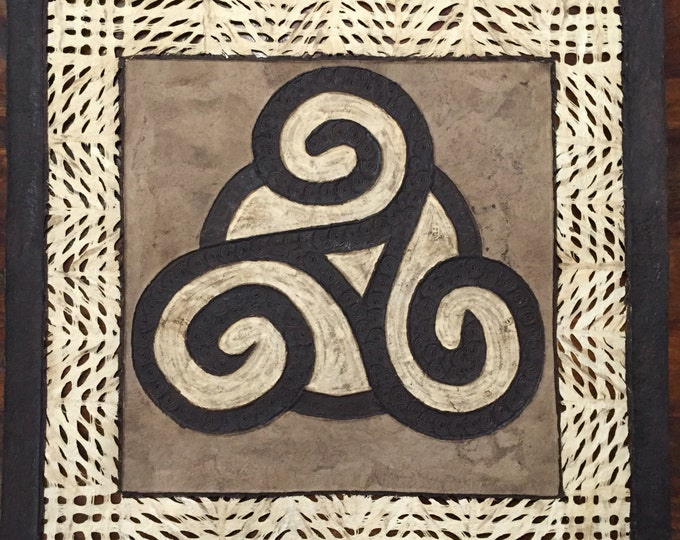 """Amate Bark Paper Wall Art with Celtic Knot Design (24"""" x 24"""")"""