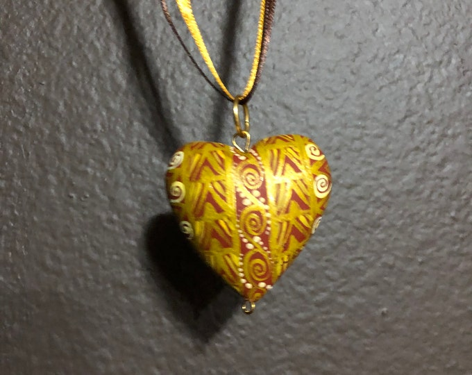 Hand carved wood Alebrije heart necklace pendant by Reyna Peña