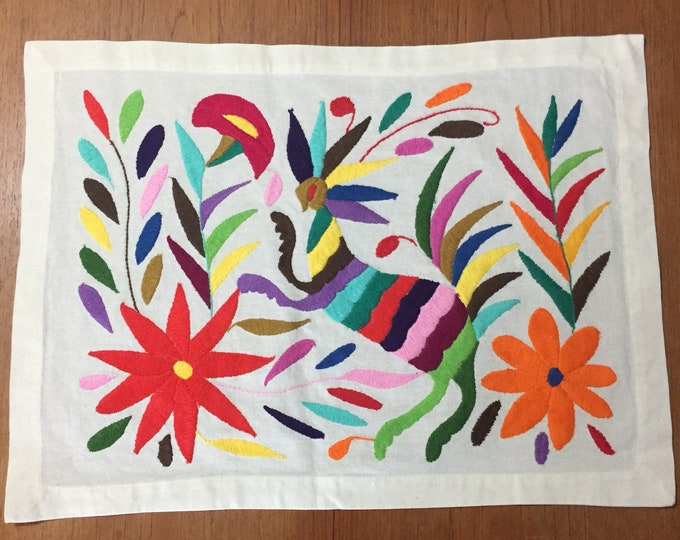 "Hand embroidered Otomí placemat /frame-able art (approx. 17"" x 13"") - multicolor animal and flowers"