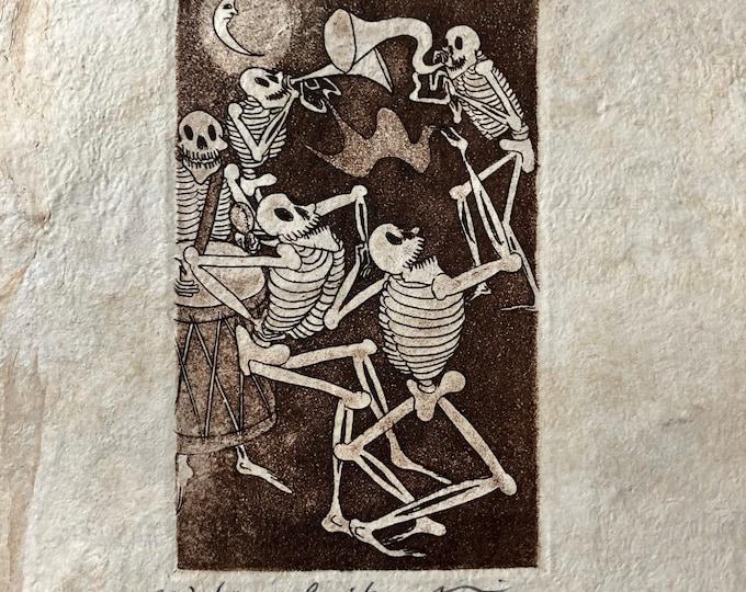 Baile (Dance) by Nicolas de Jesus. Limited Edition Aquatint print on Amate bark paper.
