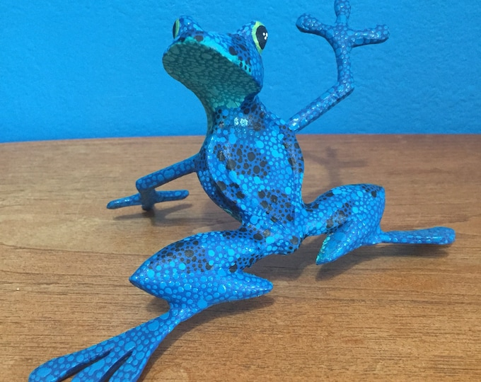 Alebrije Blue Frog by Zeny and Reyna Fuentes