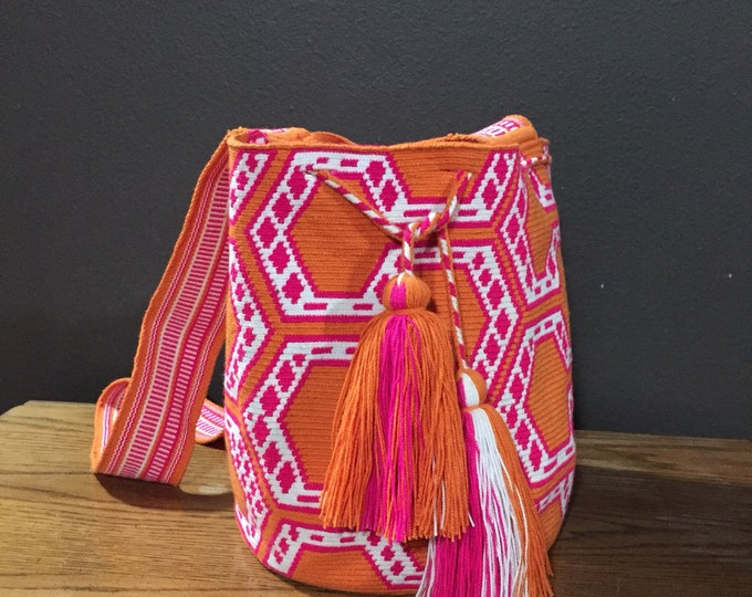 Authentic Wayuú Single Thread Mochila Bag from Colombia
