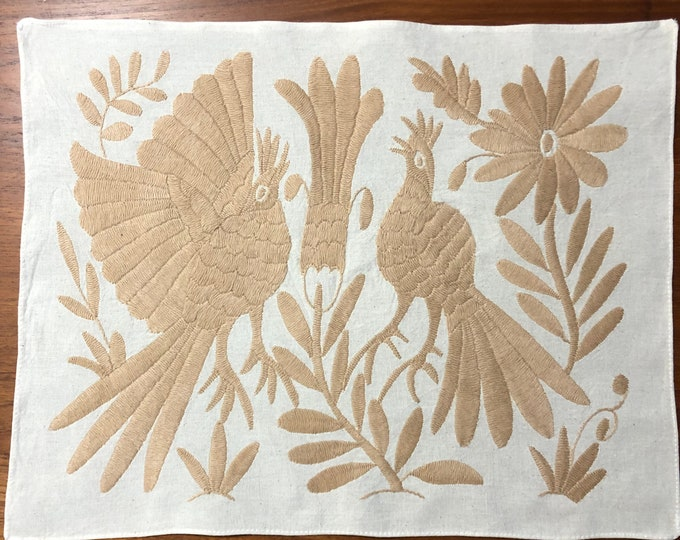 "Hand embroidered Otomí placemat /frame-able art with beige embroidery (approx. 17"" x 13"")"