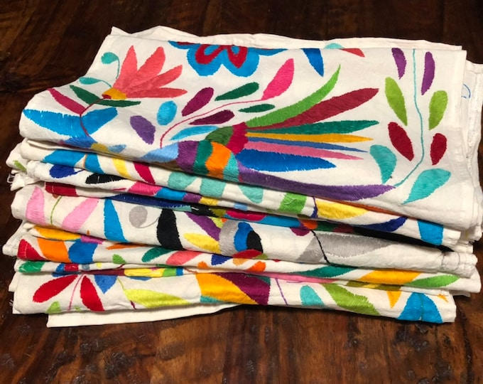 5x Otomi Hand Embroidered Table Runners