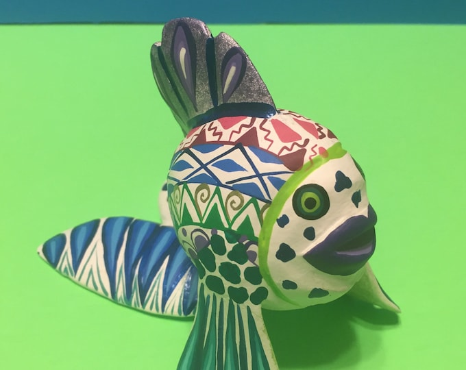 Alebrije Fish Handcrafted Wood Carving by Zeny Fuentes & Reyna Piña from Oaxaca, Mexico.