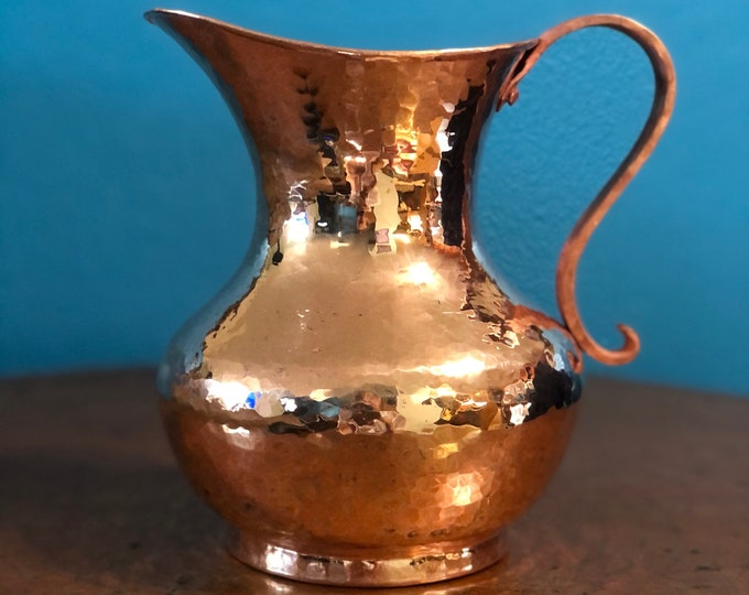 Pure Hammered Copper Pitcher - 1.5 Liters, 100% pure copper