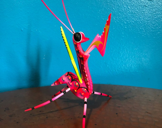 Alebrije Praying Mantis Handcrafted Wood Carving by Zeny Fuentes & Reyna Piña from Oaxaca, Mexico.