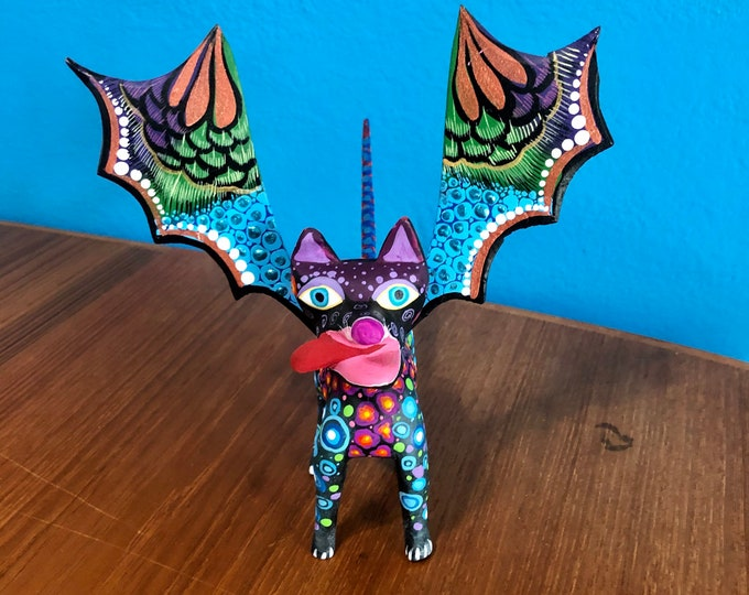 Alebrije Spirit Dog Handcrafted Wood Carving by Zeny Fuentes & Reyna Piña from Oaxaca, Mexico.