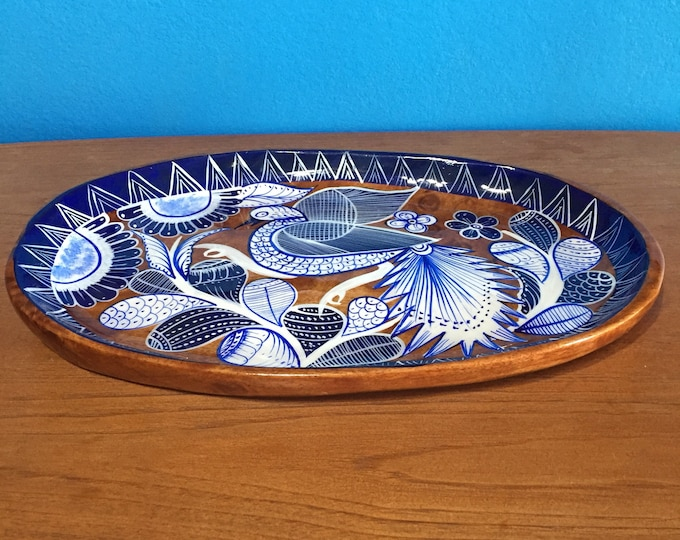 "Hand-carved painted decorative mesquite serving tray (14"" x 9"" x 1 1/2"")"