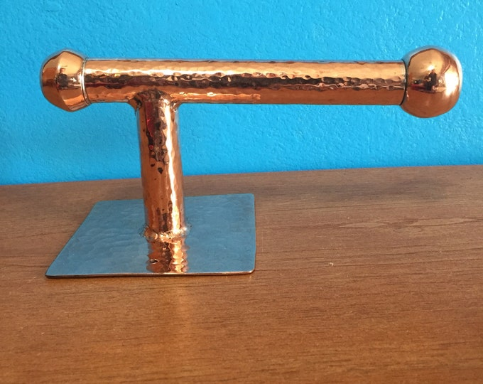 Hammered Copper Toilet Paper Roll Holder