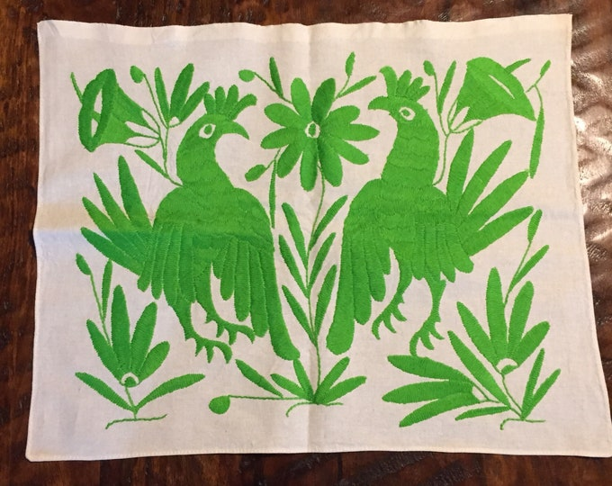 """Hand embroidered Otomí placemat (approx.17"""" x 13"""") - lime green"""
