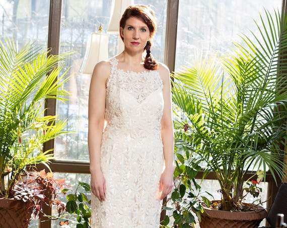 Bianchi floral lace wedding dress