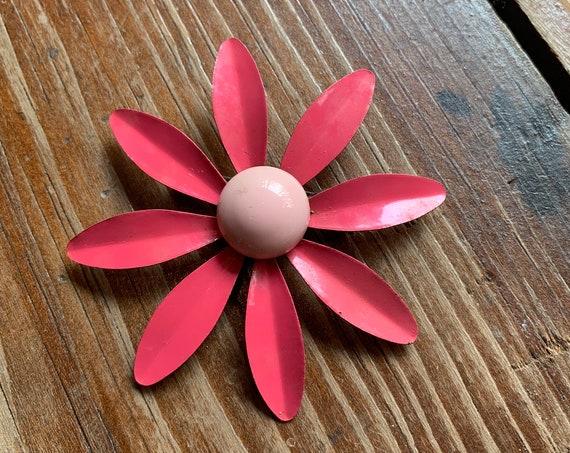 Bright Pink 60's Daisy Brooch