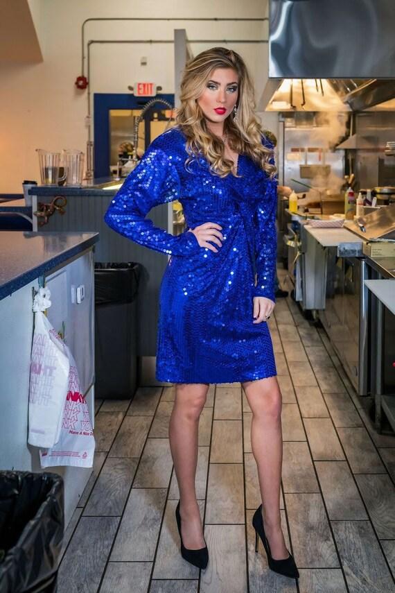 Blue sequin Oleg Cassini cocktail dress