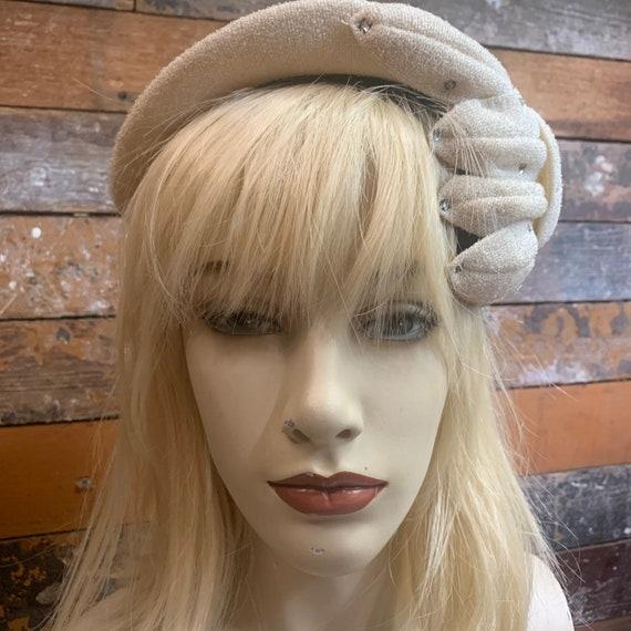 Vintage ivory Wilshire hat with rhinestones