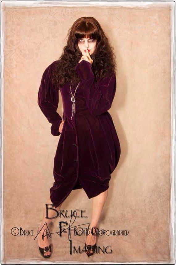 Vintage I. Magnin purple velvet dress