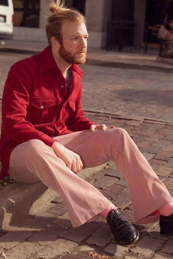 Mens 1970s Van Heusen burgundy button up shirt