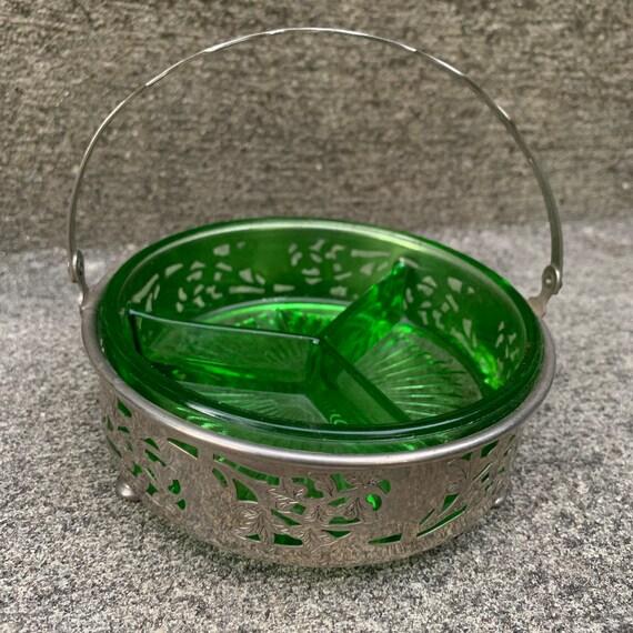1930s Farberware Brooklyn NY Vaseline glass dish