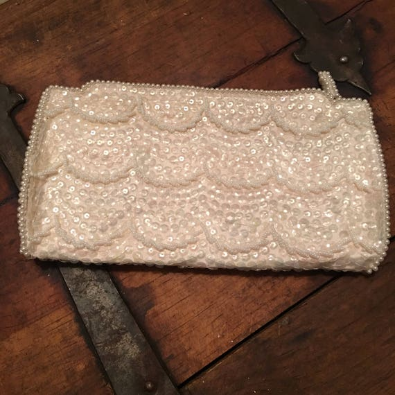 Vintage white pearl sequin clutch