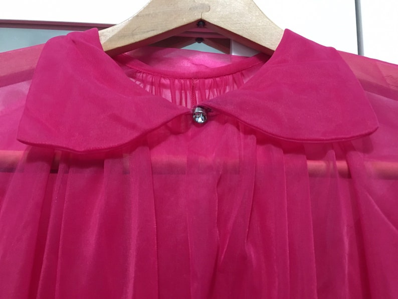 Vintage vanity fair pink peignoir