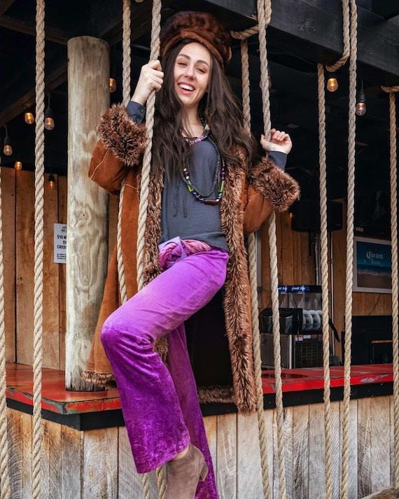 1970s purple velvet bell bottoms - image 4