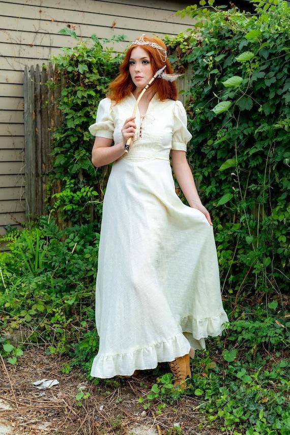 1970s boho Gunne Sax Renaissance style ivory dress - image 7