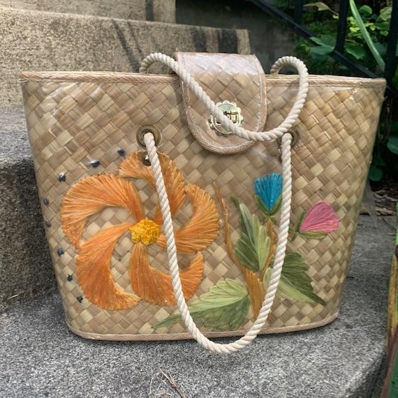 Vintage raffia basket purse