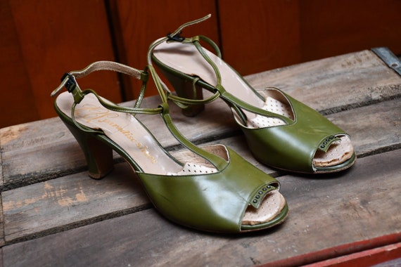 1940s Green Peep Toe Heels