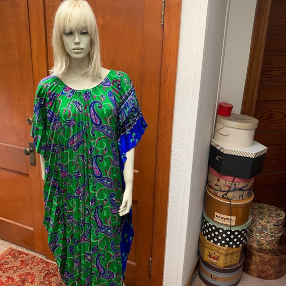 1970s kaftan accordion dress