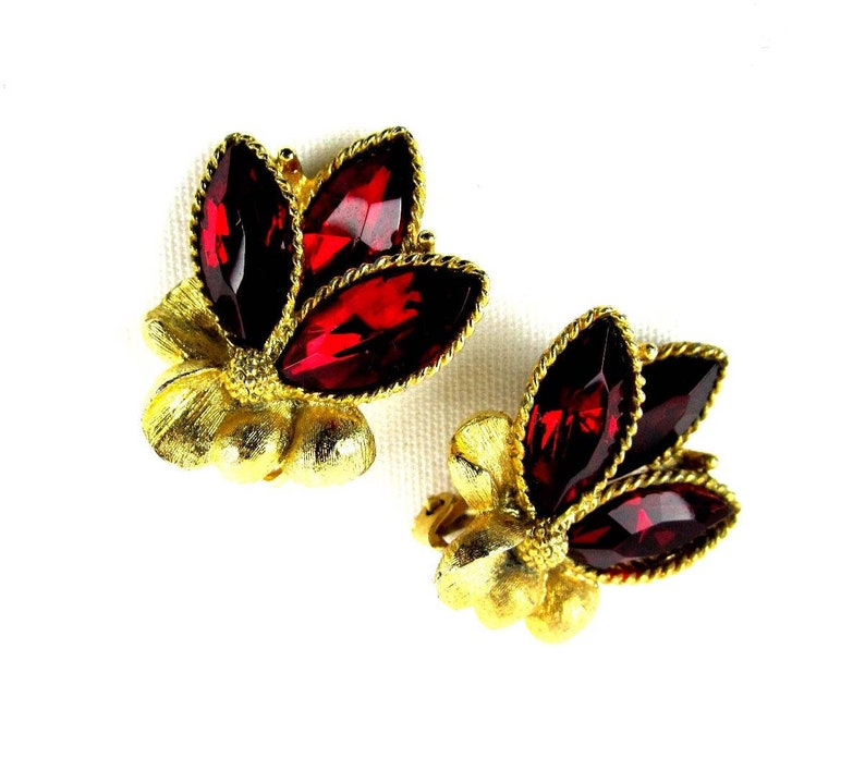 Women s Red Rhinestone Gold Clip On Earrings Costume  2cd7799e73c2e