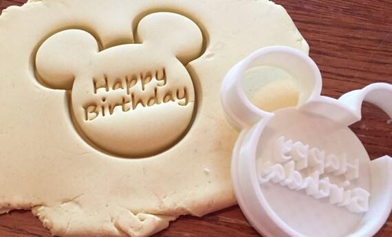 Coupeur de biscuit et fondant «Joyeux anniversaire» en forme de Mickey Mouse