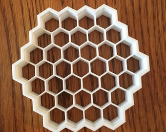 Honeycomb cookie and fondant cutter