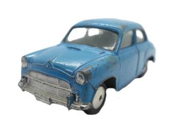 "1950s Vintage Corgi 202 Morris Cowley. Toy Collectible. Made in England"""