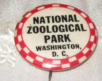 Vintage Pin Back Button: National Zoological Park Washington DC