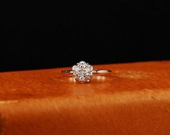 14K White Gold Cluster Diamond ring