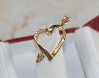 Vintage Avon Goldtone Heart Arrow Pin, Gold Heart, Heart Brooch, Heart Pin, Cupid, Sweetheart, Valentine's Day Gift, Anniversary Gift, Love
