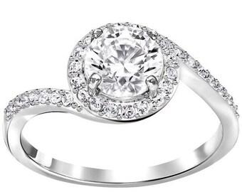SALE! Swarovski Crystal Ring, Engagement Ring, Diamond Ring, Promise Ring, Anniversary Ring, Wedding Ring, Halo Ring, Fashion Ring, Crystal