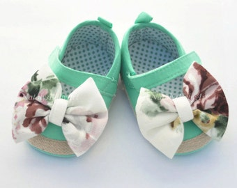 52773de3811a Baby Girl shoes and Bow Hair clip Rustic Set Mint Baby Girl shoes Aqua Girl  crib shoes baby shoes Baptism baby girl shoes