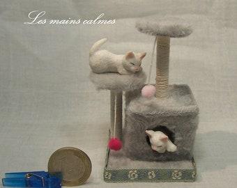 Arbre à chat MINIATURE gris clair 10éme et 12éme